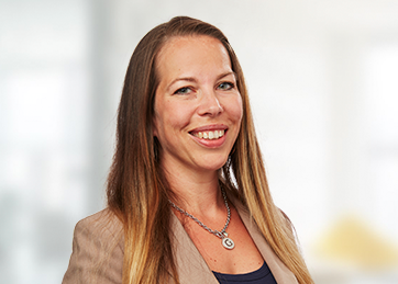 Louise Dahlström, Accounting Senior Manager