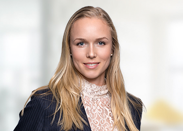 Alice Andersson, Tax Manager